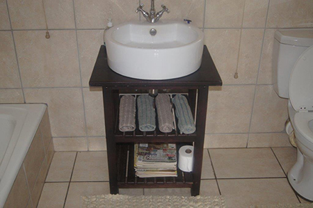 bathroom-single-basin-stand
